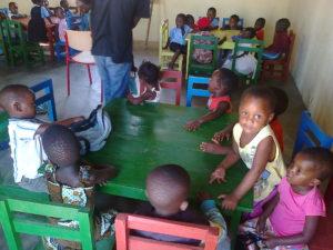 7 - les enfants ont pris possession de leurs classes